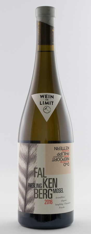 Falkenberg Riesling Weinflasche