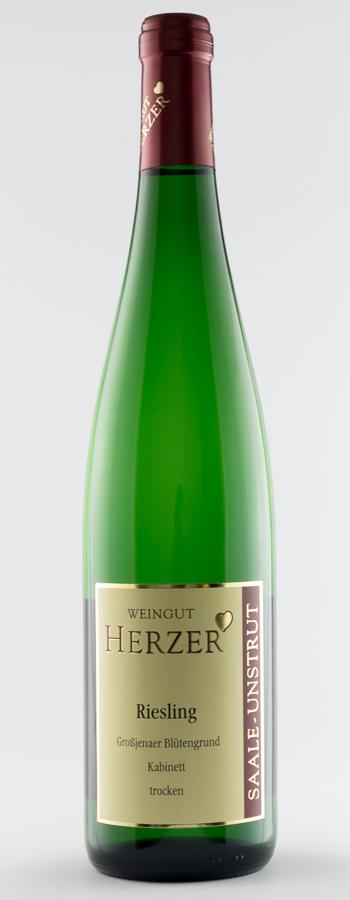 Großjenaer Blütengrund Riesling Kabinett Weinflasche