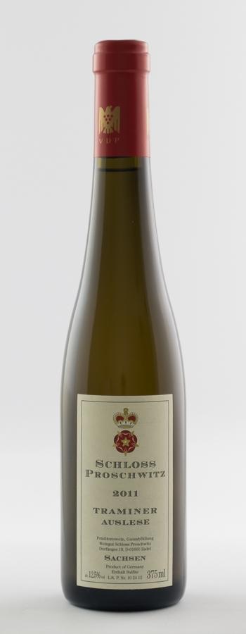 Traminer Auslese Weinflasche