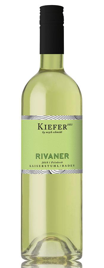 Rivaner feinherb Weinflasche